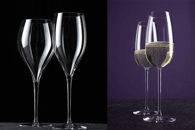 Хрустальный фужер или свадебные бокалы для игристого вина обычно имеет емкость не более 170 мл. Такие бокалы принято наполнять примерно наполовину